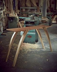 "921 Gostos, 9 Comentários - Featuring beautiful woodwork. (@classic_woodworking) no Instagram: ""Lee Sinclair... Furniture designer.. Maker .... Laneham.. Nottinghamshire.. England.. ... . . .…"""