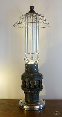 1000 bilder zu leuchten lampen lichtobjekte auf pinterest upcycling oder und kunst. Black Bedroom Furniture Sets. Home Design Ideas