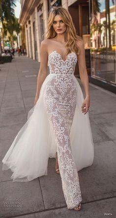 Brides dress. Brides imagine having the perfect wedding, however for this they need the ideal wedding dress, with the bridesmaid's dresses actually complimenting the brides-to-be dress. These are a variety of ideas on wedding dresses.