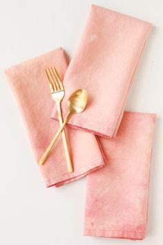 Try this subtle DIY bleaching technique for old linen napkins.