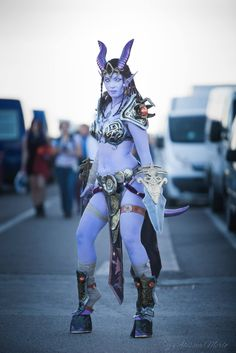 Videogame: Worl of Warcraft. Character: Draenei. Cosplayer: Giulia Presti 'aka' IvyCosplay. Event: Cartoomics 2014. Photo: Alessia Merlo.