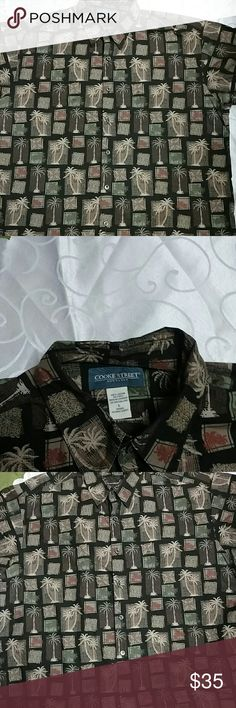 Men's shirt Feel like you like you are always on vacation. This stunning men's dress shirt is in perfect condition. Cooke Street Shirts Dress Shirts