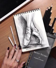 �абро�ок 20 минут 🎨 Главное в бы�тром ри�овании - выразительно�ть, не бо�т�� линии, нажима. 🙌 #draw_with_yana  Итак ри�уем вверх… Cute Drawings, Pencil Drawings, Art Prompts, Learn Art, Illusion Art, Aesthetic Drawing, Sketch Inspiration, Simple Art, Art Techniques
