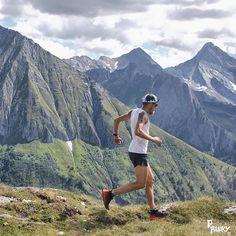 Sunny run! : @ pfanky - #Trailrun #trailrunning #ultrarunning #ultratraining #mountainrunning #traillove #getofftheroad #trailchix #runforlife #skyrunning #runnersworld #runnerscommunity #runnerslife #runhappy #runforfun #runninggirl #runningwoman #iloverunning #runforlife #TrailRunner #instarunners #strongwomen #outdoorwomen #seekthewild #alpinebabes #inspiringwomenrunners #runningterritory #womensrunningcommunity #nature #optoutside Fitness Workouts, Sport Fitness, Girl Running, Trail Running, Running Women, Sport Motivation, Running Photos, Ultra Trail, Run Happy
