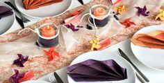 Eine bunte #Tischdeko zum Frühling! Orange, Ethnic Recipes, Food, Decor, Fall Table Settings, Happy Birthday Parties, Home Economics, Fall Halloween, Grill Party