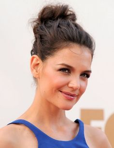 2014 Katie Holmes Hairstyles: Messy Updo