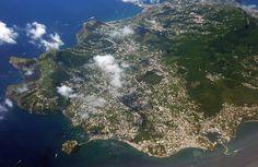Anche dall'alto #Ischia è sempre bellissima :) #isola #terme #mare #spiagge