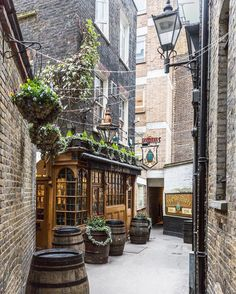 I love London's hidden pubs, and this one down a secret alley in Holborn is one of my favorites. It's as lovely inside as it is outside (and it featured in the film Snatch). England And Scotland, England Uk, London England, The Places Youll Go, Places To Go, Vitrine Vintage, London Blog, Beau Site, Old Pub