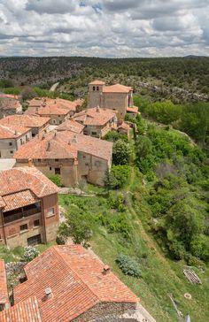 Los 5 pueblos más antiguos de España, para una escapada única. Grand Canyon, Spain, History, World, Nature, Travelling, Portugal, Buildings, Viajes