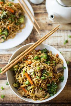 Nouille carottes, brocoli, champignon