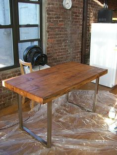 reclaimed wood table DIY