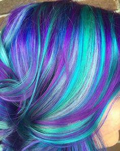 Arctic fox hair color diy hair color in 2019 волосы. Artic Fox Hair, Arctic Fox Hair Color, Vivid Hair Color, Hair Color Dark, Hair Colors, Creative Hair Color, Galaxy Hair, Hair Addiction, Mermaid Hair