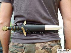 Sword Sheath, Knife Sheath, Sword Belt, Fantasy Armor, Fantasy Weapons, Spy Weapons, Swords And Daggers, Knives And Swords, Armas Ninja