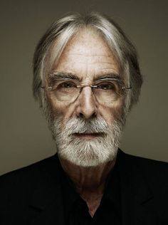 ''an artist is someone who  should raise questions rather than give answers'' #haneke