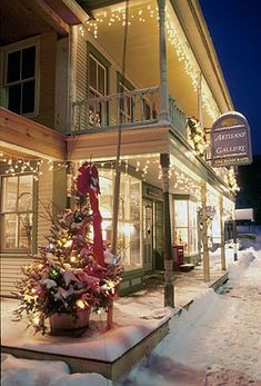 a quaint downtown at Christmastime