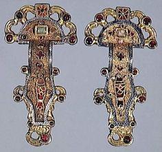 Frankish bow brooches with bird heads, 6th century, Musée d'Archéologie Nationale de Saint-Germain-en-Laye