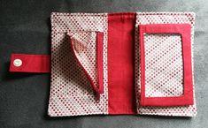 Portefeuille Compère en toile à sac rouge et coton à pois cousu par Valérie - Patron Sacôtin