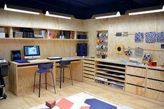 Home Desk, Studio Design, Cabinet Makers, Creative Studio, Corner Desk, Workshop, Garage, Paris, Interior