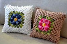 Crochê Gráfico: Almofadas Maxcolor em croche