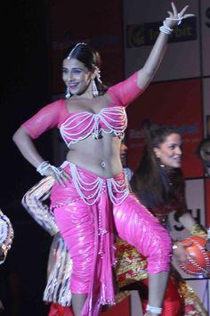 Vidya Balan Spicy Photos
