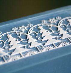 The blue and white design of this soap reminds me of Wedgwood English stoneware, which is powder blue with embossed white design.