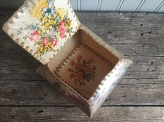 Items similar to Vintage Handmade Greeting Card Box, Flowers, Crochet on Etsy Christmas Bowl, Old Christmas, Card Boxes, Paper Boxes, Greeting Card Box, Greeting Cards Handmade, Holiday Cards, Christmas Cards, Saturated Color