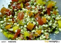 Salát z fazolek mungo recept - TopRecepty. Cobb Salad, Grains, Salads, Food And Drink, Rice, Vegetables, Red Peppers, Veggies, Veggie Food