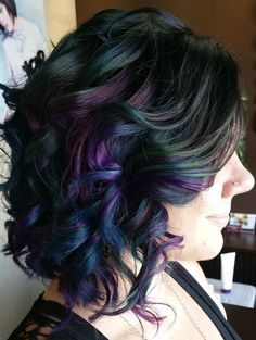 The dark peacock colors of this oilslick hair dye are killing us.