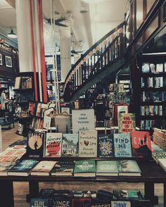 Housing Works Bookstore Café, New York City 19 Beautiful Bookstores You Need To Visit In America Housing Works, Book Cafe, Book Store Cafe, Beautiful Library, Book Aesthetic, Library Books, New York Library, Book Nooks, Book Nerd