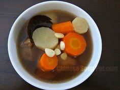 Daikon Lou Han Guo Pork Soup