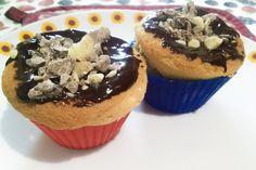 E per chi ama i #Dessert monoporzione. .. Lo stesso dolce del post precedente in versione #cupcake !!!  #dolce #birthday #cioccolato #amore #pasticceria #cucinaitaliana #pandispagna #nocciole #dessertitaliano #lacucinaitaliana #compleanno #chocolate #tacchiepentole #ricetteperpassione #chocolate #foodporn #cucina #ricetta #clarinafood #Cucina #dolce_salato_italiano #Kitchengirl http://www.kitchengirl.it/piccole-chicche/torta-daniel-compleanno/