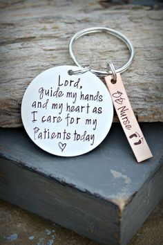 Nurse's Prayer Keychain Nurse Gift | Lord, guide my hands & Heart as I care