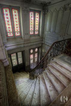 Chateau de l'écolière (FR) by Juized, via Flickr