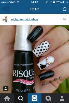 Nail Art - Nagel Design , Nail Trends , nail art galleries - Black and white Nail art visit here for more nail art inspo Black Nail Designs, Pretty Nail Designs, Best Nail Art Designs, Black And White Nail Art, Black Nails, White Art, Black Dots, Fancy Nails, Trendy Nails