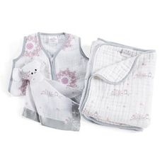 The Aden and Anais Sweet Dreams Gift Set is a perfect and peaceful night's sleep gift set for a baby which fulfill all the bed time needs of little ones.