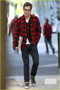 Chris Pine Hot in Plaid