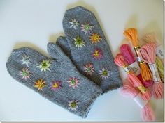 A pair of mittens requires only one ball (less than of worsted weight yarn and an evening or two cozied up by the fire. As I knit mittens, . Wool Embroidery, Cross Stitch Embroidery, Crochet Mittens, Knit Crochet, Textiles, Wrist Warmers, Mitten Gloves, Yarn Crafts, Needlework