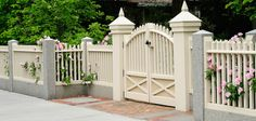 Long Island Fence Company, Long Island Fence Contractors, Fence Installers Suffolk County