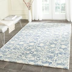 Shop for Safavieh Handmade Chatham Dark Blue/ Ivory Wool Rug (6' x 9'). Get free shipping at Overstock.com - Your Online Home Decor Outlet Store! Get 5% in rewards with Club O!