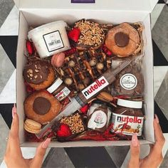 nutella, food, and chocolate image Cute Food, I Love Food, Yummy Food, Cute Gifts, Diy Gifts, Tumblr Food, Food Goals, Gift Baskets, Sweet Recipes