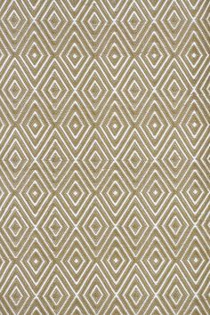 Dash and Albert Diamond Khaki White Rug Indoor/Outdoor Rug Ships Free. pet friendly and pet friendly living