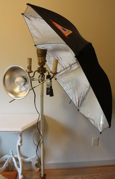 What a creative way to make your own photography light!