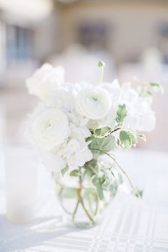Clic White Ranunculus Fls Http Www Stylemepretty Florida