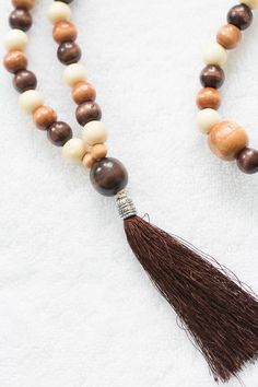 This simple tutorial will teach you how to make a mala necklace or bracelet. This piece will make a great addition to yout meditation routine. Necklace Tutorial, Diy Necklace, Mala Bracelet Diy, Bracelets, Triangle Necklace, Key Pendant, Beaded Jewelry, Daily Meditation, Routine