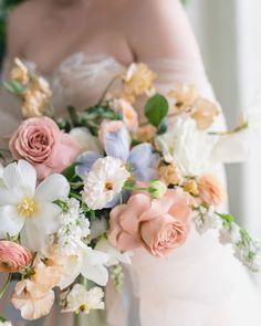 Neutral Wedding Flowers, Spring Wedding Flowers, Bridal Flowers, Floral Wedding, Wedding Arrangements, Flower Arrangements, Bridesmaid Bouquet, Wedding Bouquets, Old World Wedding