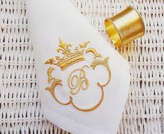"""Купить Салфетка с Вышивкой """"Королевский вензель"""" от А до Я - белый, золотой, салфетки с вышивкой"""