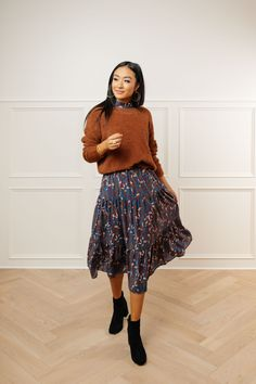 Bohme Zeus Floral Midi Dress in Blue - - repurpose yellow dress under overlayer – cardigan or pullover Source by silviuuhh Casual Fall Outfits, Fall Winter Outfits, Cute Outfits, Modest Winter Outfits, Modest Work Outfits, Fashionable Outfits, Summer Outfits, Modest Dresses, Fall Dresses