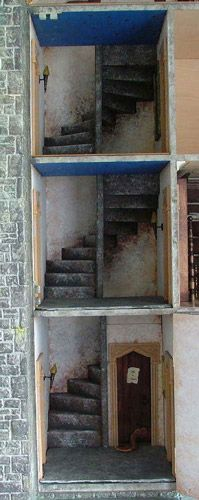 stairs.jpg (61480 bytes) (jt-great staircase inside a gothic style house - on main DH board or click through)