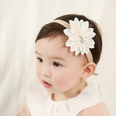 Cute Little Girls Water Soluble Flowers Headband Princess Children Floral Elastic Hairband Christmas Kids Hair Accessories Gift Floral Headbands, Baby Girl Headbands, Arc Floral, Flower Hair Accessories, Head Accessories, Clothing Accessories, Cute Baby Girl, Baby Girls, Kids Girls