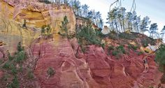 Ocher Hills of the Vaucluse that surround Roussillon The Locals, Grand Canyon, Photos, Camping, Travel, Southern France, Textiles, Google Search, Colors